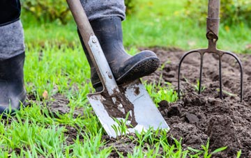 Inverness garden maintenance companies